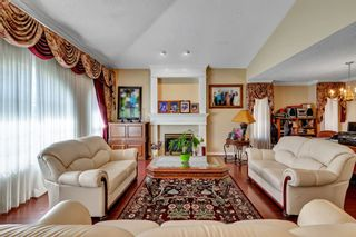 Photo 3: 8068 168A Street in Surrey: Fleetwood Tynehead House for sale : MLS®# R2559682