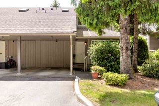 """Photo 34: 9573 WILLOWLEAF Place in Burnaby: Forest Hills BN Townhouse for sale in """"SPRING RIDGE"""" (Burnaby North)  : MLS®# R2462681"""