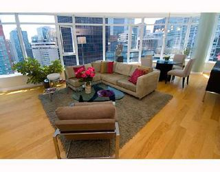 Photo 2: 2003 1233 W CORDOVA Street in Vancouver: Coal Harbour Condo for sale (Vancouver West)  : MLS®# V727596