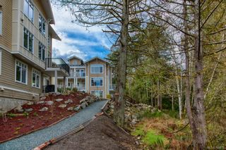 Photo 12: 302 595 Latoria Rd in Colwood: Co Olympic View Condo for sale : MLS®# 700812