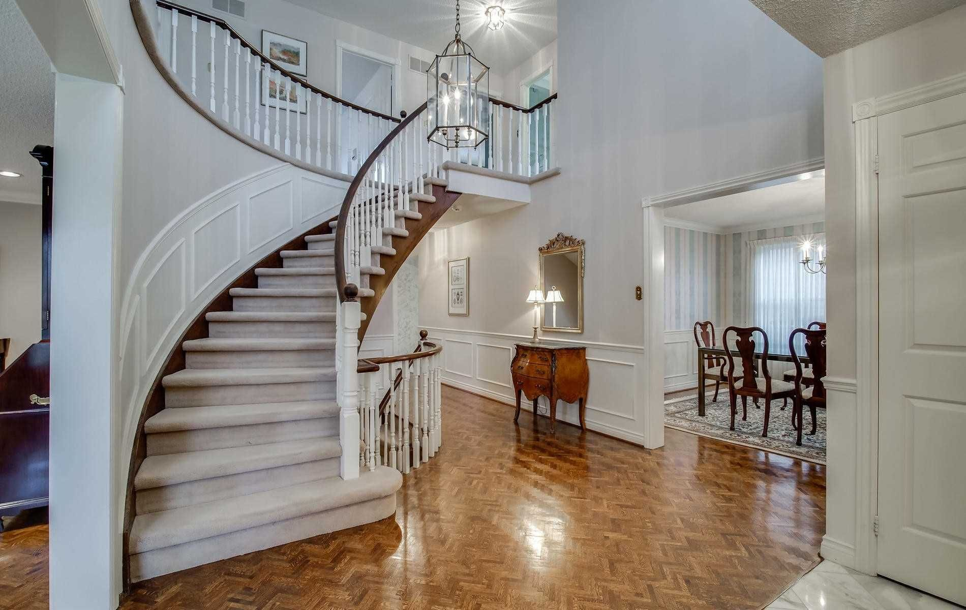 Photo 4: Photos: 498 Hidden Trail in Toronto: Westminster-Branson House (2-Storey) for sale (Toronto C07)  : MLS®# C4709173