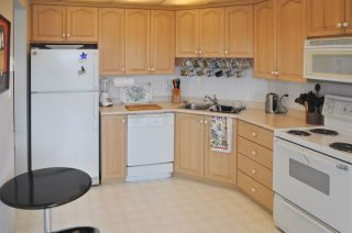 """Photo 4: 602 32440 SIMON Avenue in Abbotsford: Abbotsford West Condo for sale in """"TRETHEWEY TOWER"""" : MLS®# R2037734"""