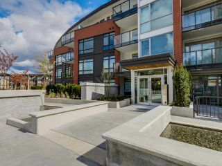 Photo 15: 321 22 E ROYAL AVENUE in New Westminster: Fraserview NW Condo for sale : MLS®# R2054011