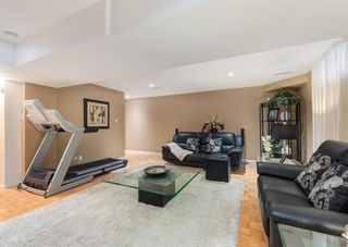 Photo 28: 425 Woodland Crescent SE in Calgary: Willow Park Detached for sale : MLS®# A1149903