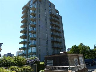 "Photo 3: 402 570 18TH Street in West Vancouver: Ambleside Condo for sale in ""WENTWORTH"" : MLS®# R2194488"