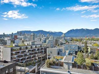 """Photo 7: 369 250 E 6TH Avenue in Vancouver: Mount Pleasant VE Condo for sale in """"District"""" (Vancouver East)  : MLS®# R2578210"""