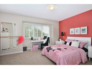 """Photo 6: 6 1268 RIVERSIDE Drive in Port Coquitlam: Riverwood Townhouse for sale in """"SOMERSTON LANE"""" : MLS®# V1012744"""