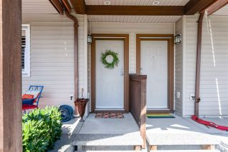 Photo 2: 9 2000 PANORAMA Drive in Port Moody: Heritage Woods PM Townhouse for sale : MLS®# R2569828