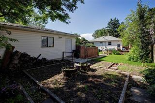 Photo 7: 2451 28 Avenue SW in Calgary: Richmond Detached for sale : MLS®# A1063137