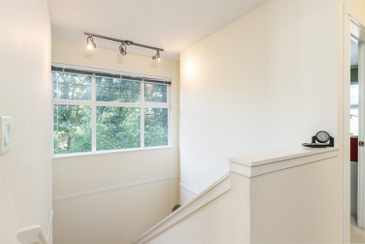 """Photo 15: Photos: 971 WESTBURY Walk in Vancouver: South Cambie Townhouse for sale in """"Churchill Gardens"""" (Vancouver West)  : MLS®# R2488294"""