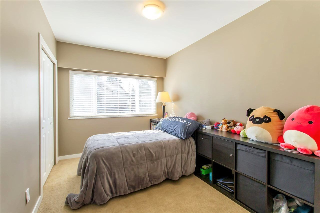 Photo 10: Photos: 819 RONDEAU Street in Coquitlam: Harbour Place House for sale : MLS®# R2375447