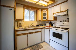 Photo 5: 33876 GILMOUR Drive in Abbotsford: Central Abbotsford Manufactured Home for sale : MLS®# R2580363