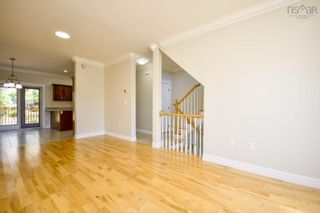 Photo 10: 236 Nadia Drive in Dartmouth: 10-Dartmouth Downtown To Burnside Residential for sale (Halifax-Dartmouth)  : MLS®# 202123822