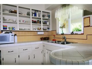 """Photo 7: 22579 124TH Avenue in Maple Ridge: East Central House for sale in """"CENTRAL MAPLE RIDGE"""" : MLS®# V967385"""