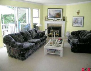 """Photo 2: 14 10045 154TH ST in Surrey: Guildford Townhouse for sale in """"HEATHERTON"""" (North Surrey)  : MLS®# F2518689"""