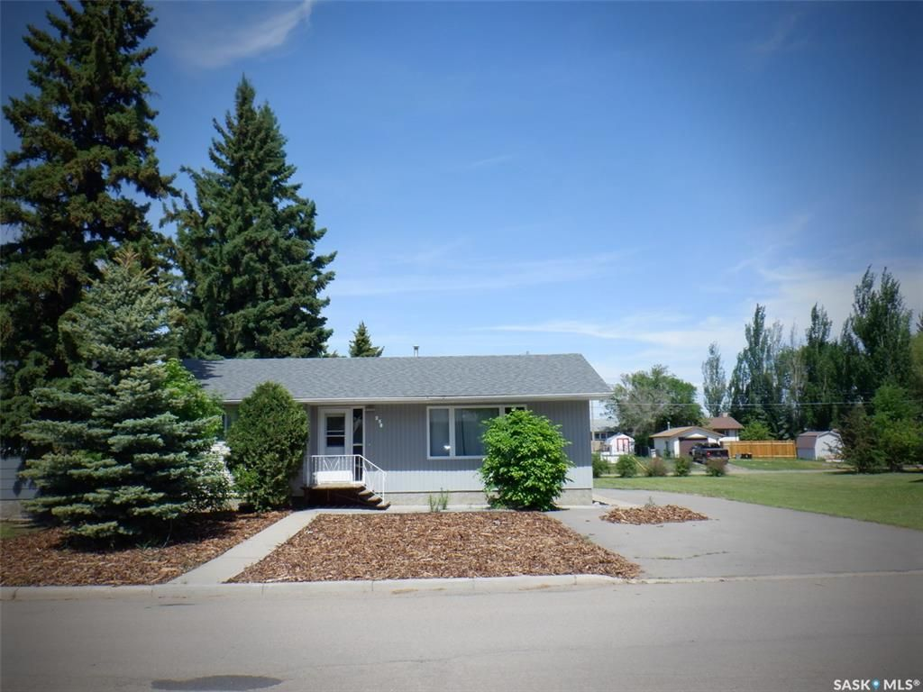 Main Photo: 461 6th Avenue East in Unity: Residential for sale : MLS®# SK863601