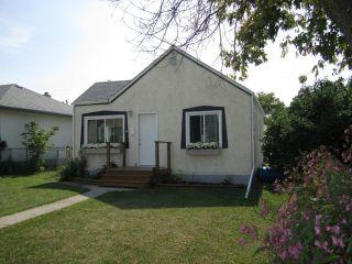 Photo 1: 1922 Elgin Avenue West in WINNIPEG: Brooklands / Weston Residential for sale (West Winnipeg)  : MLS®# 1217423