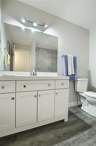 Photo 30: 18 23 GLAMIS Drive SW in Calgary: Glamorgan Row/Townhouse for sale : MLS®# C4293162
