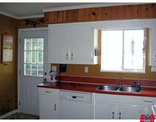 "Photo 5: 13543 CRESTVIEW Drive in Surrey: Bolivar Heights House for sale in ""BOLIVAR HEIGHTS"" (North Surrey)  : MLS®# F2909638"
