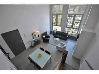 """Photo 5: PH1 869 BEATTY Street in Vancouver: Downtown VW Condo for sale in """"THE HOOPER BUILDING"""" (Vancouver West)  : MLS®# V888505"""