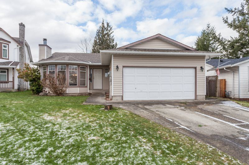 Main Photo: 26534 30 AVENUE in Langley: Aldergrove Langley House for sale : MLS®# R2022375