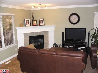 "Photo 7: 35322 POPLAR Court in Abbotsford: Abbotsford East House for sale in ""Clayburn Views"" : MLS®# F1108037"