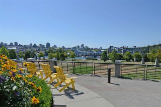 """Photo 16: 402 501 PACIFIC Street in Vancouver: Downtown VW Condo for sale in """"THE 501"""" (Vancouver West)  : MLS®# R2212611"""