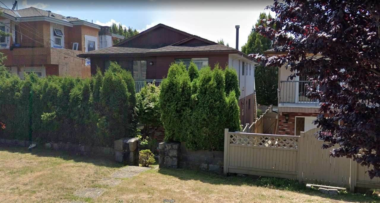 Main Photo: 666 E 63RD Avenue in Vancouver: South Vancouver House for sale (Vancouver East)  : MLS®# R2541677