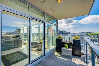 """Photo 12: 1702 1708 COLUMBIA Street in Vancouver: Mount Pleasant VW Condo for sale in """"Wall Centre False Creek"""" (Vancouver West)  : MLS®# R2580995"""