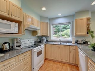 Photo 6: 7095 Francis Rd in : Sk Whiffin Spit House for sale (Sooke)  : MLS®# 881524