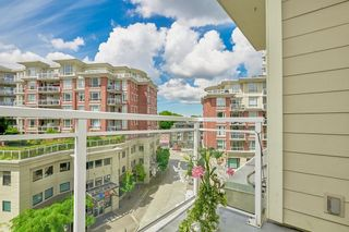 """Photo 18: 554 1432 KINGSWAY Street in Vancouver: Knight Condo for sale in """"KING EDWARD VILLAGE"""" (Vancouver East)  : MLS®# R2593597"""