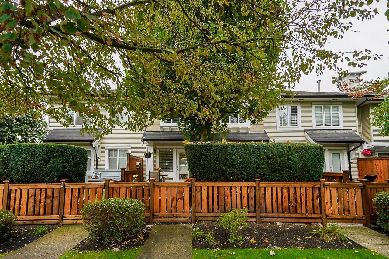 Main Photo: 2 20540 66 Avenue in Langley: Willoughby Heights Townhouse for sale : MLS®# R2619688