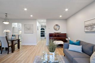 """Photo 4: 31 900 W 17TH Street in North Vancouver: Mosquito Creek Townhouse for sale in """"FOXWOOD"""" : MLS®# R2555250"""