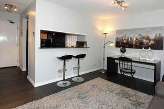 Photo 3: 106 555 W 14TH Avenue in Vancouver: Fairview VW Condo for sale (Vancouver West)  : MLS®# V1072557