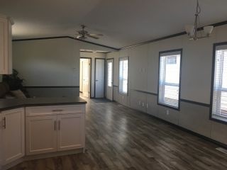 Photo 3: 44 3350 Northeast 10 Avenue in Salmon Arm: EVERGREEN MHP House for sale (NE Salmon Arm)  : MLS®# 10210730
