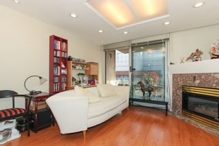 Photo 5: 313 555 Abbott St in Vancouver: Downtown VE Condo for sale (Vancouver East)  : MLS®# V1097912