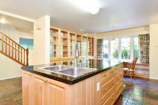 Photo 5: 12141 SULLIVAN Street in Surrey: Crescent Bch Ocean Pk. House for sale (South Surrey White Rock)  : MLS®# R2375674
