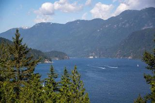 Photo 4: 4761 COVE CLIFF Road in North Vancouver: Deep Cove House for sale : MLS®# R2584164