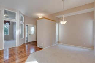 Photo 8: 8 SPRINGBANK Court SW in Calgary: Springbank Hill Detached for sale : MLS®# C4270134