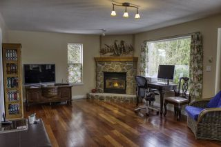 """Photo 8: 6192 HIGHMOOR Road in Sechelt: Sechelt District House for sale in """"The Shores"""" (Sunshine Coast)  : MLS®# R2341360"""