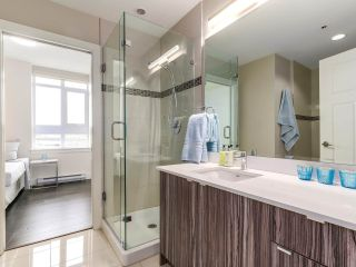 """Photo 13: 314 2250 COMMERCIAL Drive in Vancouver: Grandview VE Condo for sale in """"Marquee on Commercial"""" (Vancouver East)  : MLS®# R2154734"""