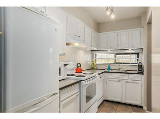 """Photo 6: 210 2120 W 2ND Avenue in Vancouver: Kitsilano Condo for sale in """"ARBUTUS PLACE"""" (Vancouver West)  : MLS®# V1120504"""