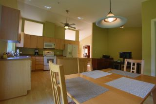 Photo 13: 6330 SECHELT INLET Road in Sechelt: Sechelt District House for sale (Sunshine Coast)  : MLS®# R2549499
