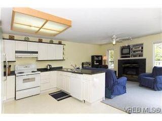 Photo 2: 1160 Gerda Rd in VICTORIA: SW Northridge House for sale (Saanich West)  : MLS®# 574242