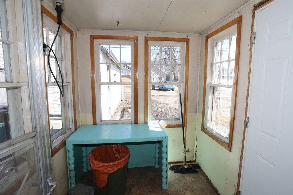 Photo 38: Photos: 963 Ashburn Street in Winnipeg: West End / Wolseley Single Family Detached for sale (West Winnipeg)  : MLS®# 1306767
