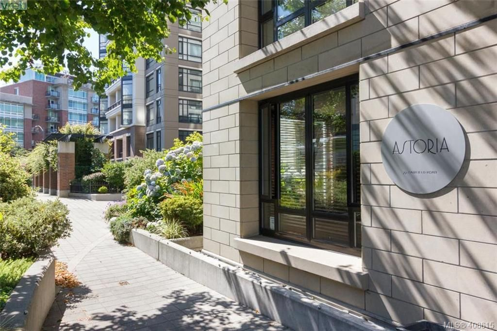 Main Photo: 207 751 Fairfield Rd in VICTORIA: Vi Downtown Condo for sale (Victoria)  : MLS®# 812100