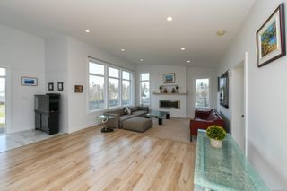 Photo 12: 3641 Cameron Rd in : CV Courtenay South House for sale (Comox Valley)  : MLS®# 869201