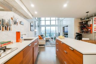 """Photo 5: 502 1529 W 6TH Avenue in Vancouver: False Creek Condo for sale in """"South Granville Lofts"""" (Vancouver West)  : MLS®# R2518906"""