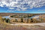Main Photo: 10 Varanger Place NW in Calgary: Varsity Detached for sale : MLS®# A1154133