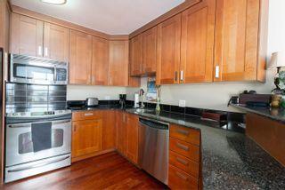Photo 11: 704 12207 JASPER Avenue in Edmonton: Zone 12 Condo for sale : MLS®# E4256969